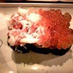 てんこ盛りカニイクラ寿司